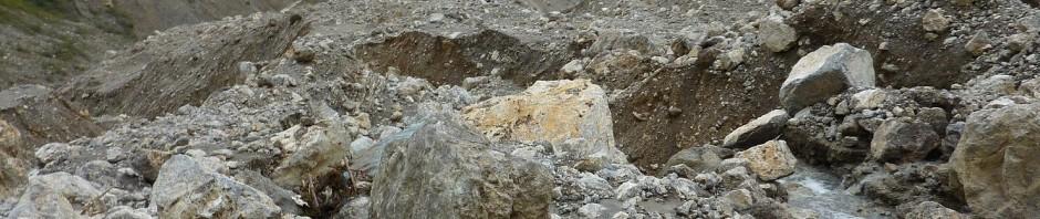 landslide-debris_header_p1240361
