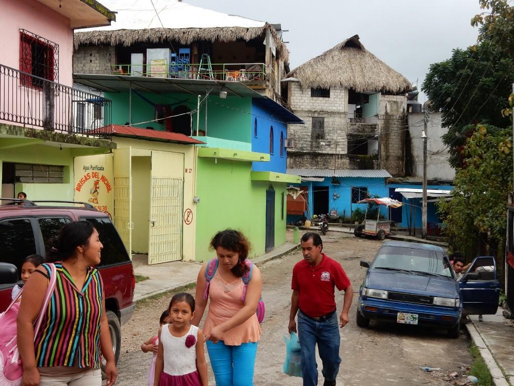 Back-alley in Palenque Pueblo