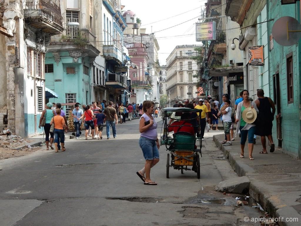 Calle Neptuna, Centro Habana