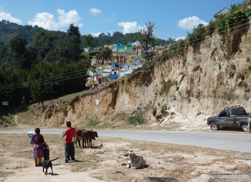 chichicastenango_cemetery_p1220913
