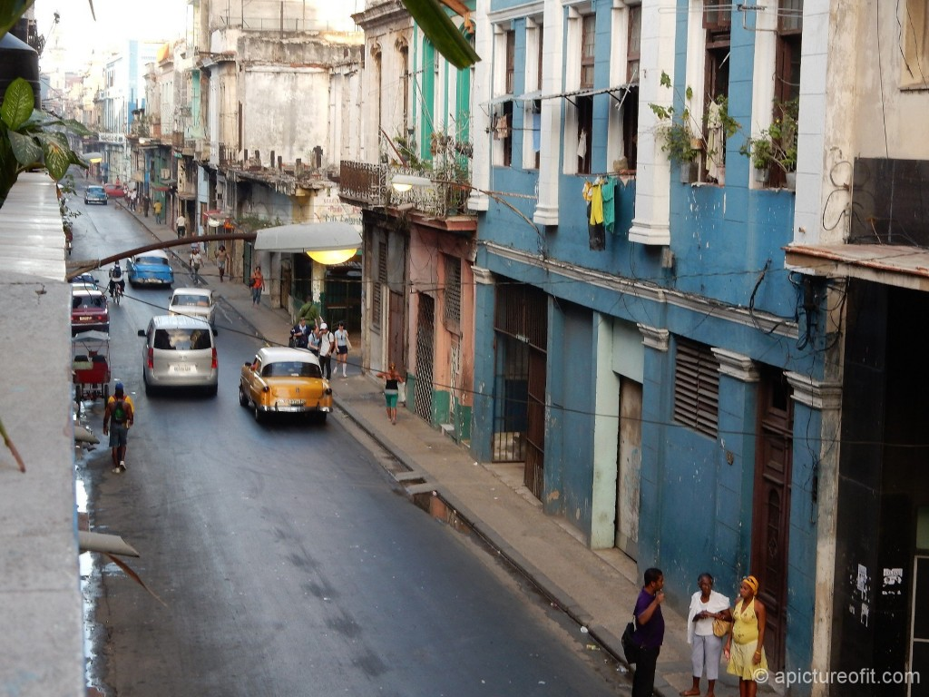 8 am on Calle Neptuno