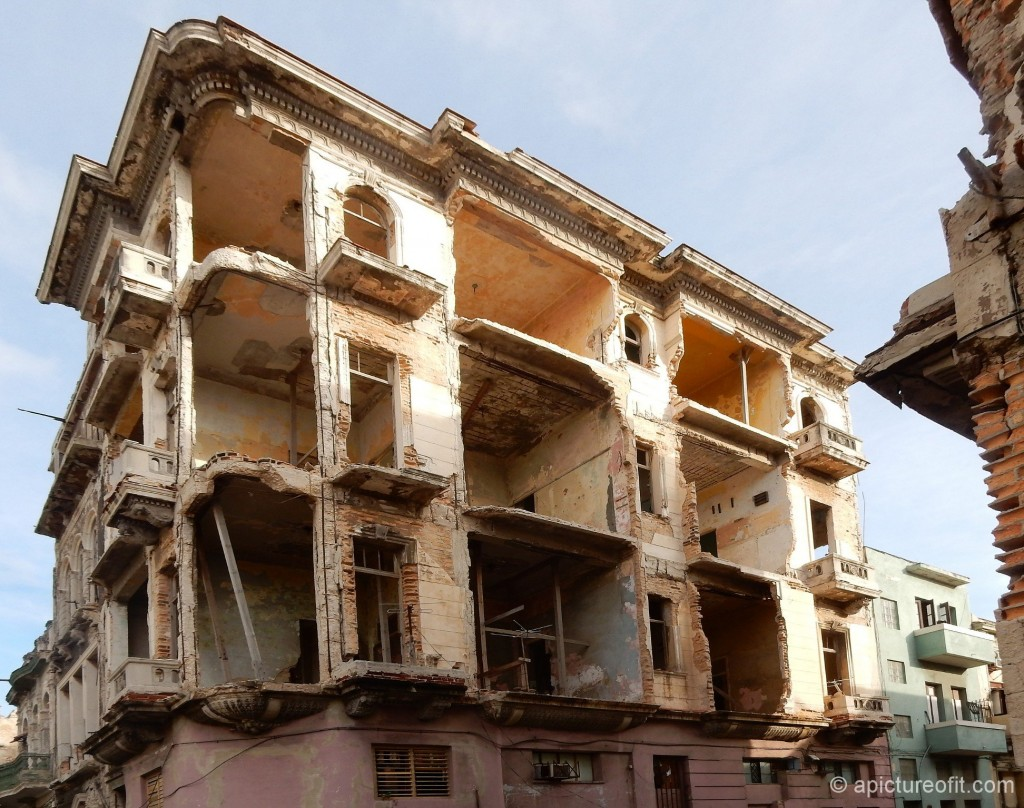 A colonial building in the Centro district of Havana with an inhabited ground level