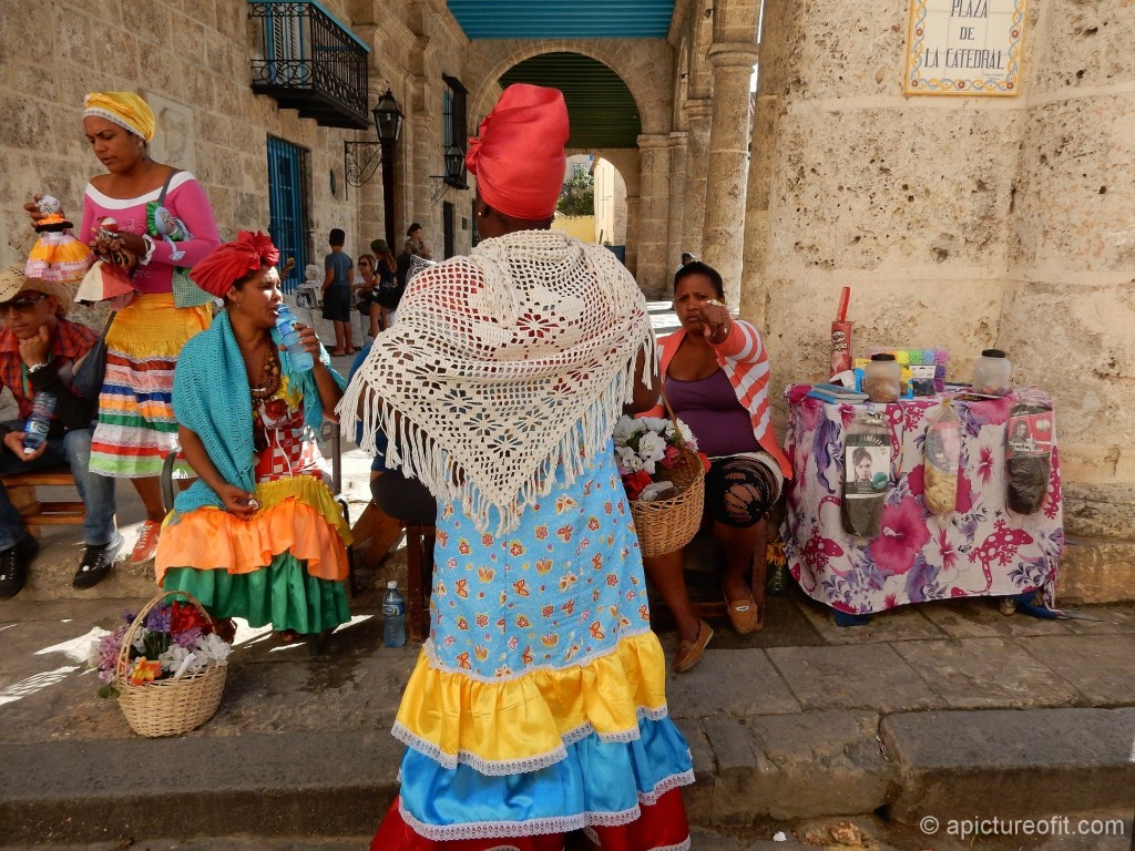 Vieja is populated by tourists and costumed performers
