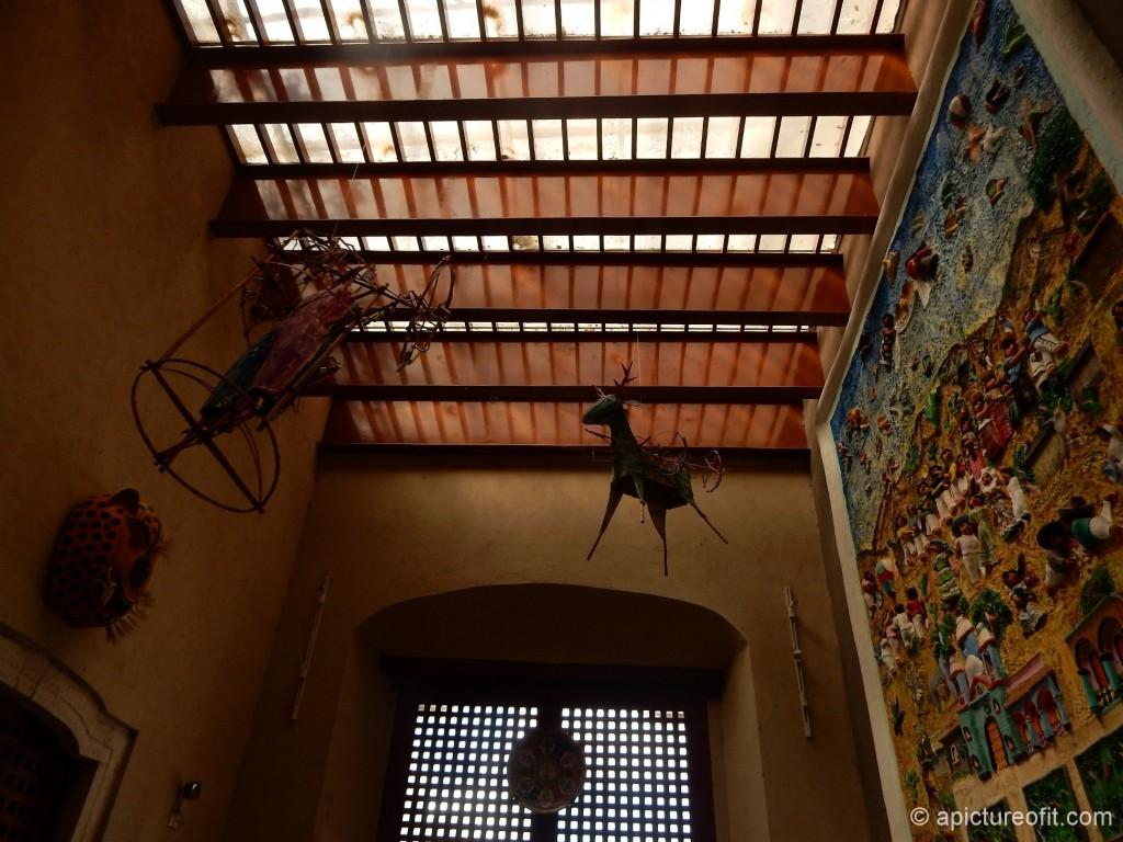 Entrance foyer Casa de los Venados - ceiling is 14 feet high