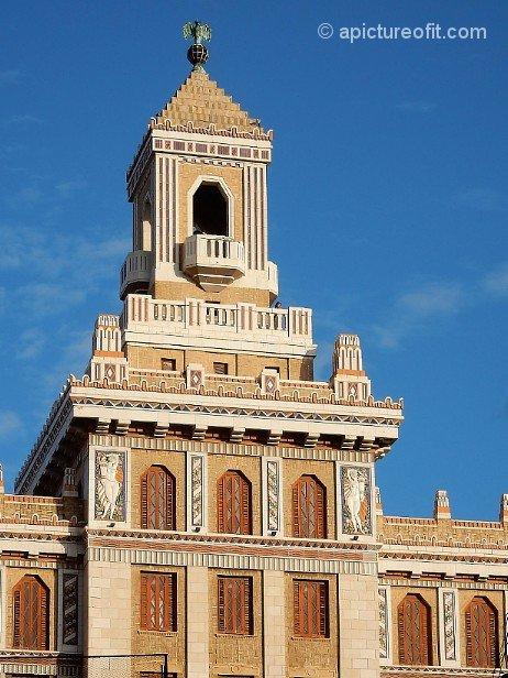 Art Deco in Havana Vieja - Edificio Bacardi